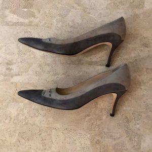 MANOLO BLAHNIK Two Tone Suede Pointed Toe Heels